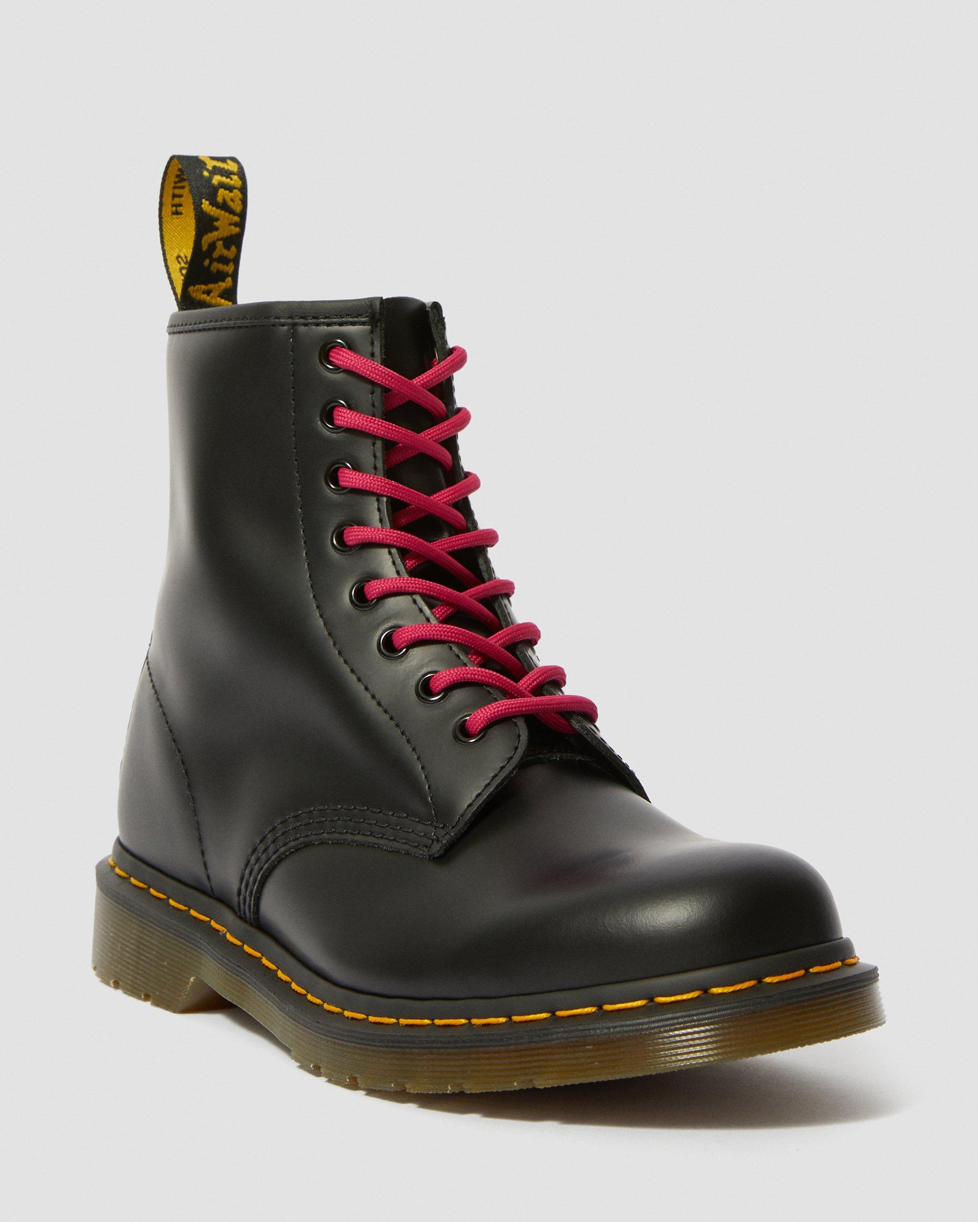 8-10 Eye Round Lace   Dr. Martens