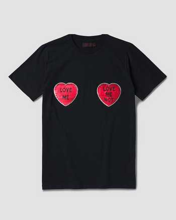 BLACK+DM'S RED | T-Shirts | Dr. Martens