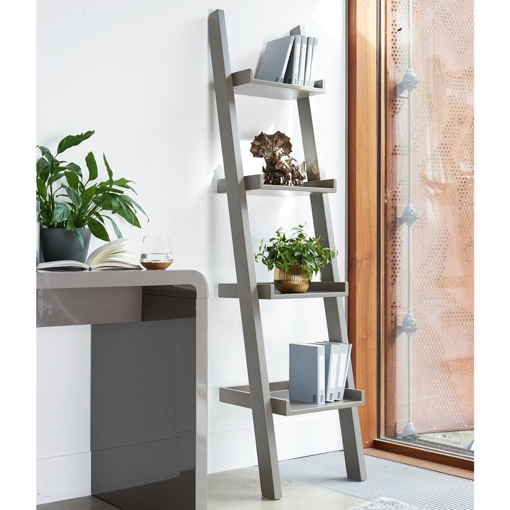 Escala shelf stone