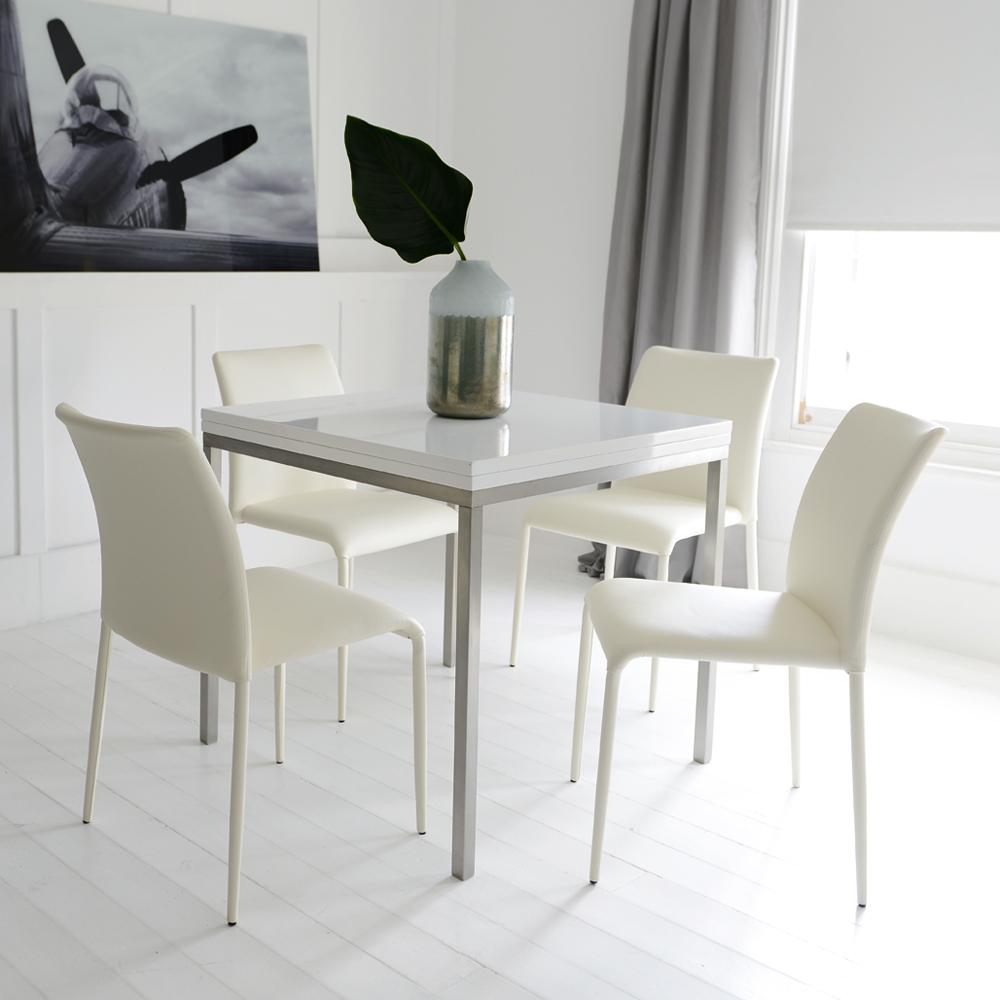 Flick extending 4-6 seater dining table white