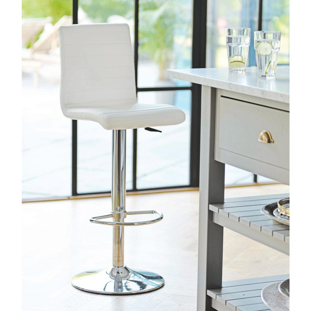 Versa bar stool white