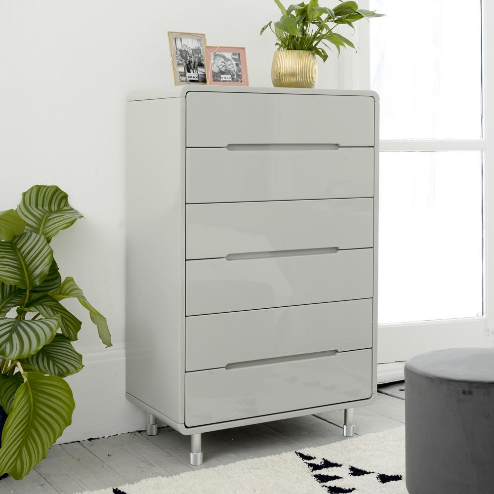 Notch tall chest of drawers light grey