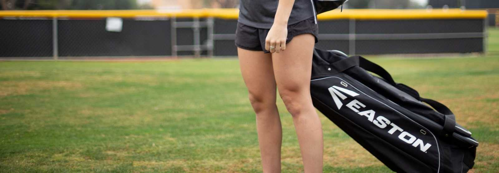 fastpitch-softball-wheeled-bags
