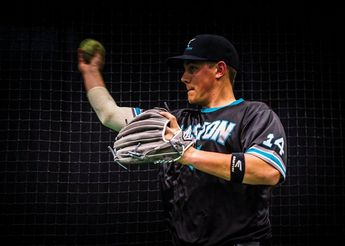 slow-pitch-ball-gloves-loaded