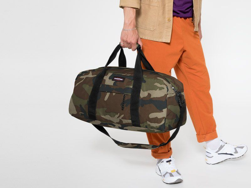 duffle bags and holdalls