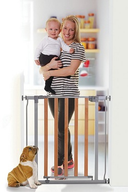 Dreambaby Wood/Metal Security Gate