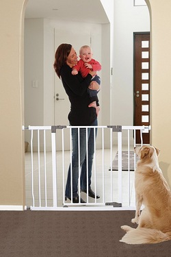 Dreambaby Xtra-Wide Security Gate