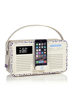 VQ Retro Mk II Emma Bridgewater iPhone Dock