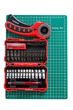 31 Piece Hobby and Craft Cutting Set
