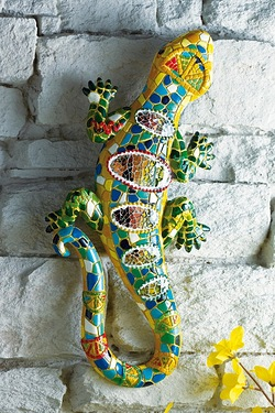 Climbing Gecko Wall Decoration