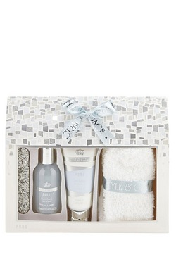 S and G Puro Footcare Pamper Kit