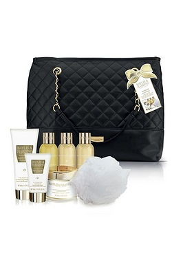 Baylis and Harding Sweet Mandarin Weekend Bag Gift Set