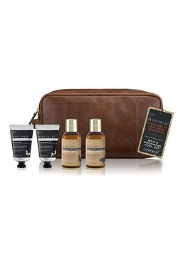 Baylis and Harding Fuzzy Duck Mens Grooming Wash Bag Set
