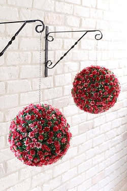 Set Of 2 Floral Bay Balls