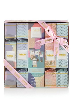 S and G Bubble Boutique Cracker Gift Set