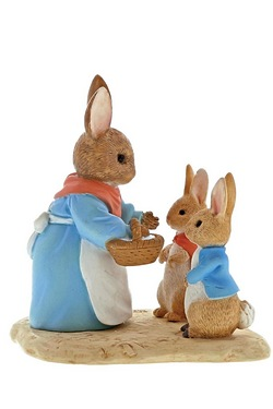 Beatrix Potter Mrs Rabbit, Flopsy & Peter Figurine