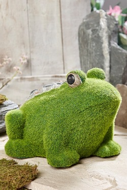 Stone-Effect Flocked Frog Garden Ornament