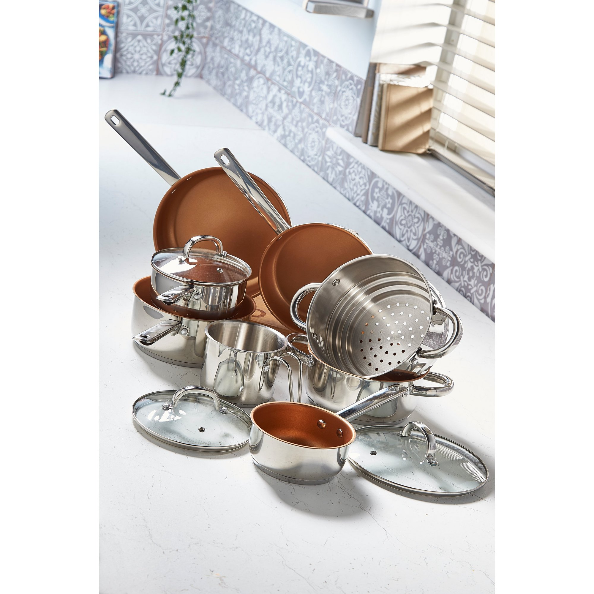 Image of 8-Piece Stainless Steel and Copper Pan Set