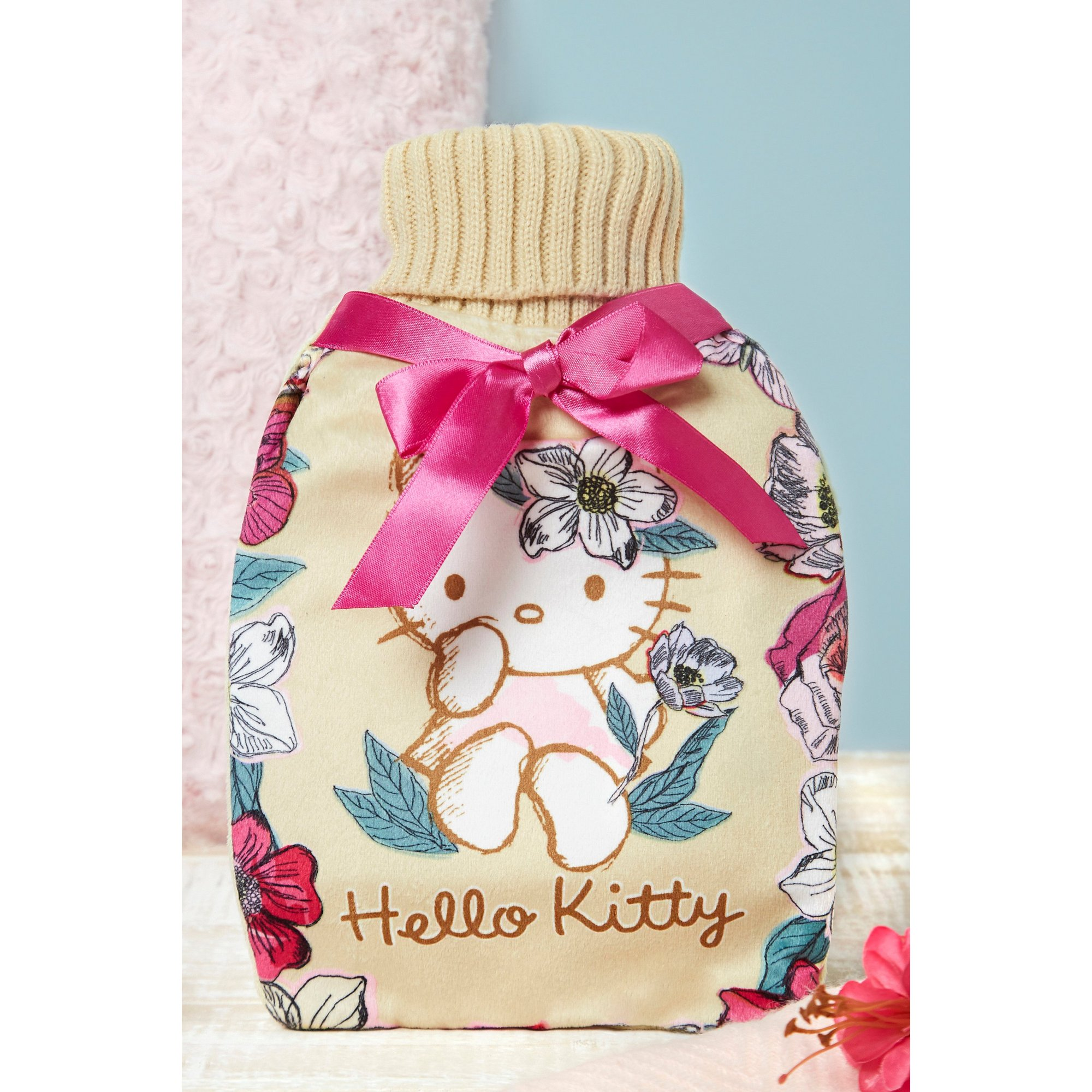 Image of Hello Kitty Vintage Style Hot Water Bottle