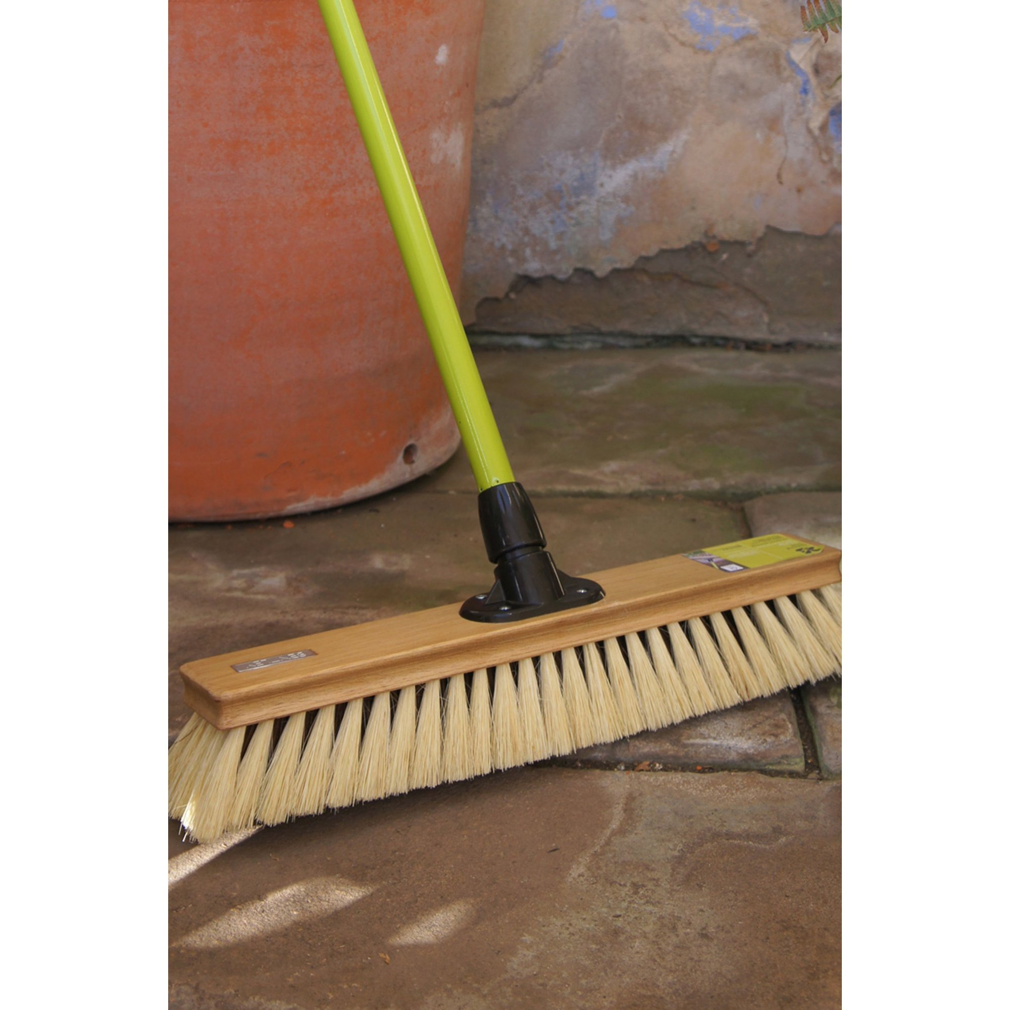 Image of Charles Bentley Large 18 Inch Dual Fill Driveway Broom Wood
