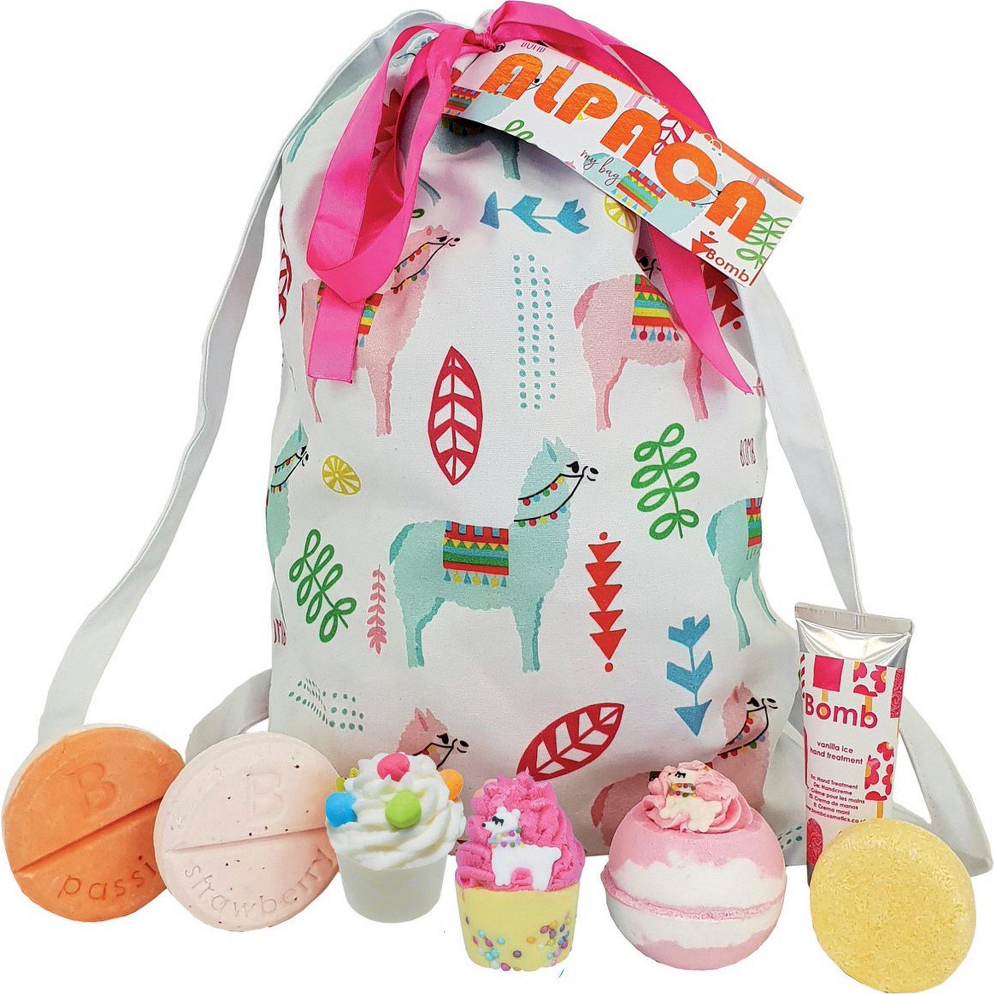 Image of Bomb Cosmetics Alpaca Bath Bomb Sack Set