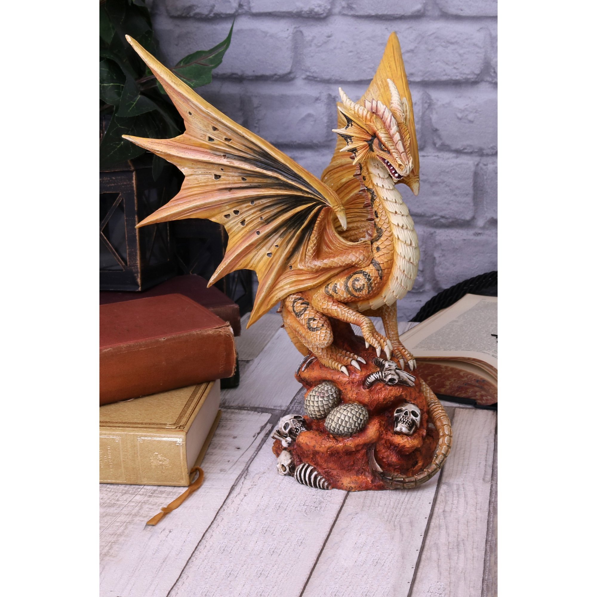 Image of Adult Desert Dragon Figurine