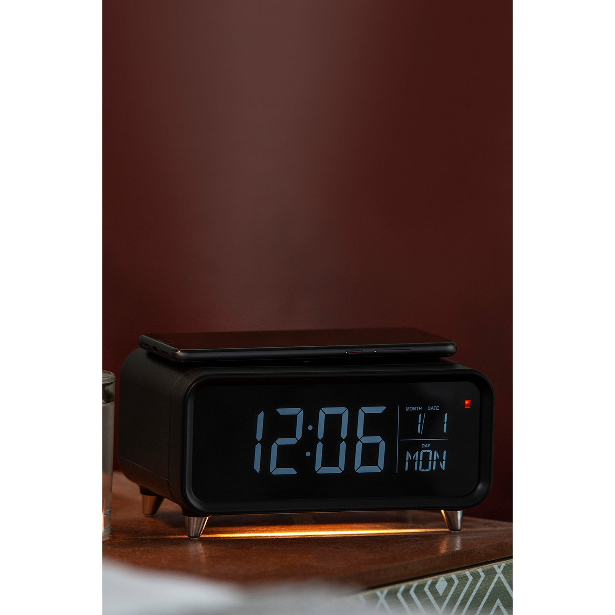 Image of Groov-e Athena Alarm Clock with Wireless Charging Pad and Night Light