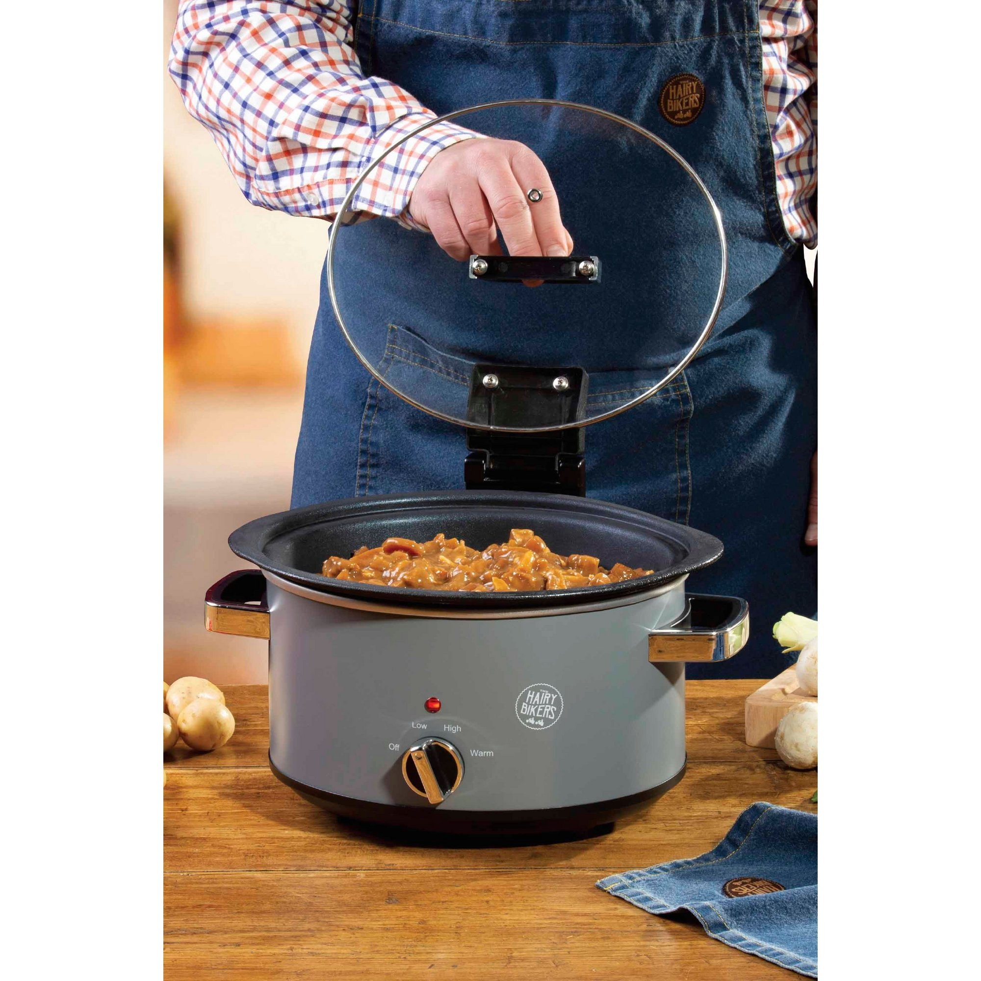 Image of Hairy Bikers 3.5L Sear and Stew Hinged Lid Slow Cooker