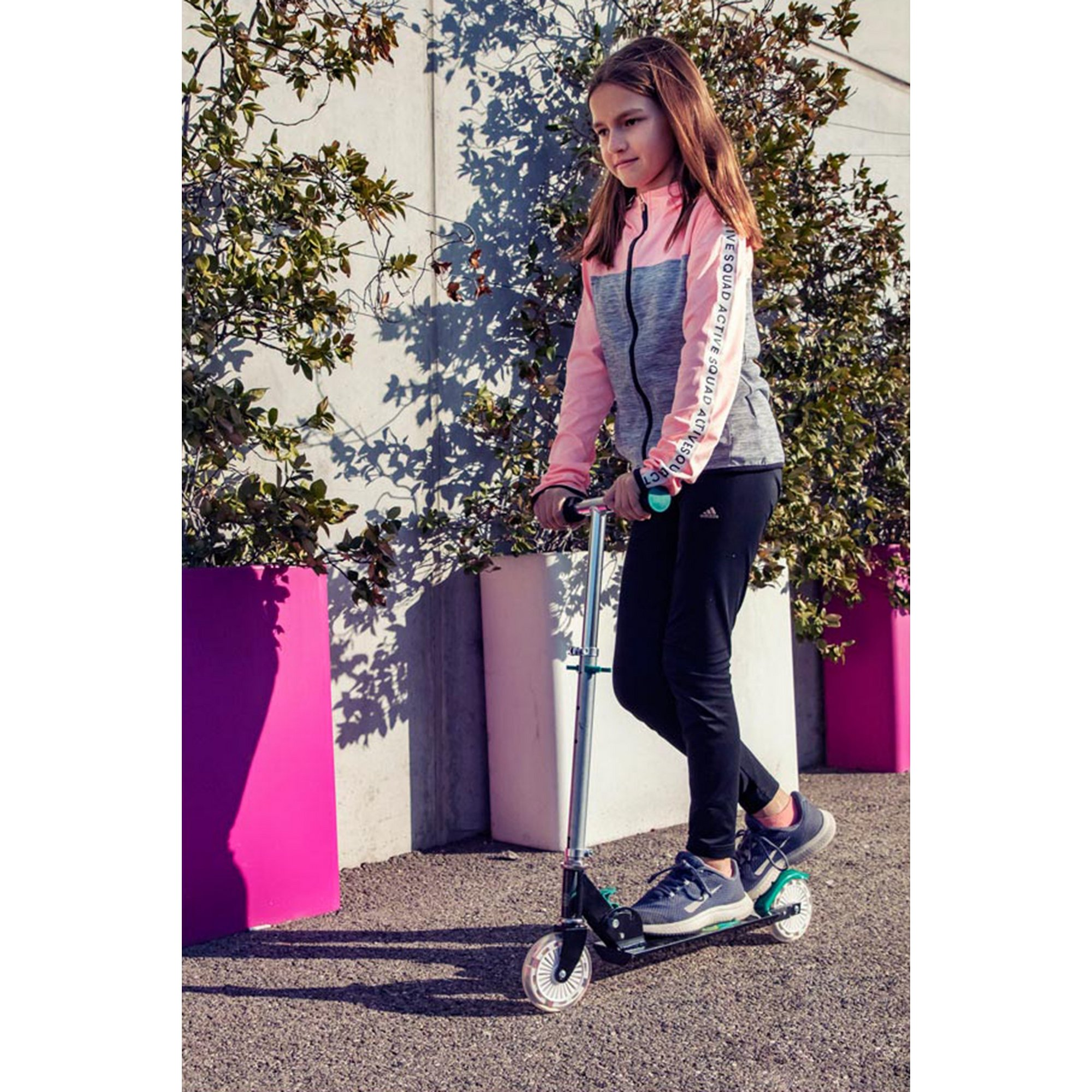 Image of Funbee Kids Two Wheel Inline Foldable Scooter with Flashing LED Wheels