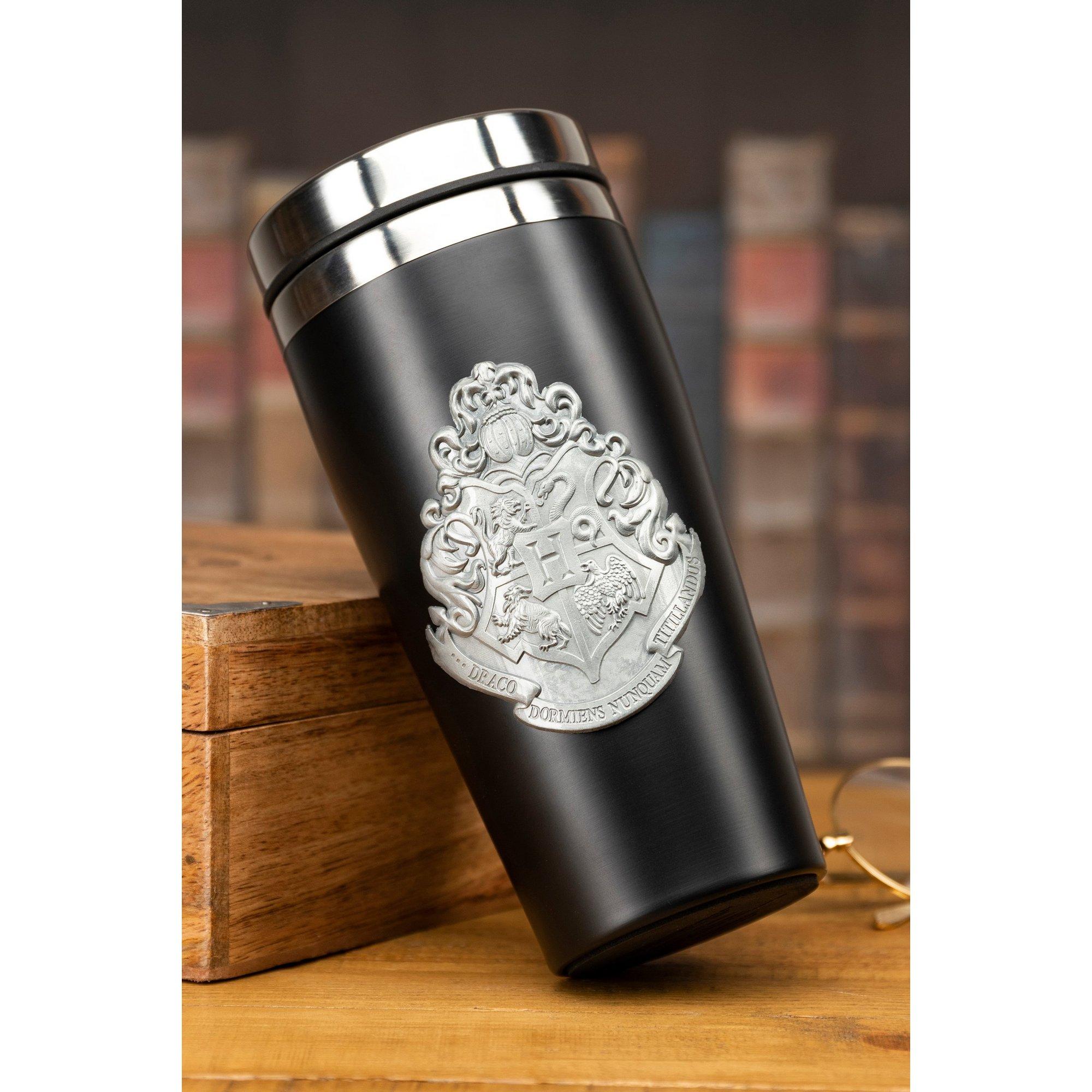 Image of Hogwarts Travel Mug with Metal Badge
