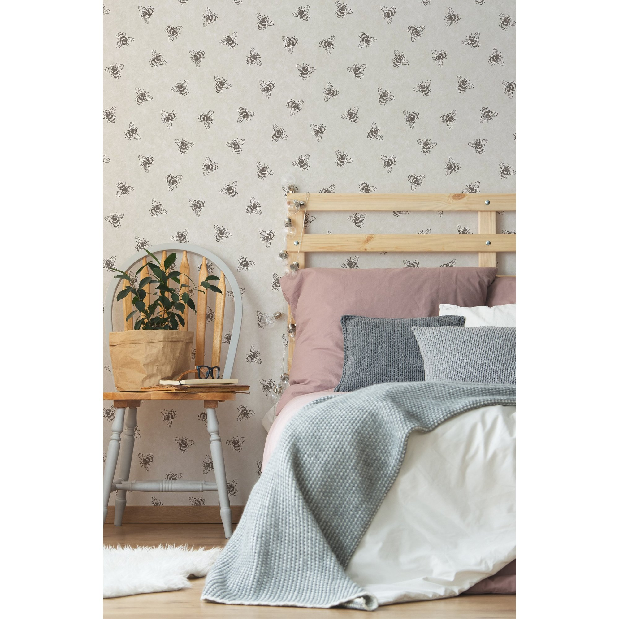 Image of Boutique Let It Bee Natural Wallpaper