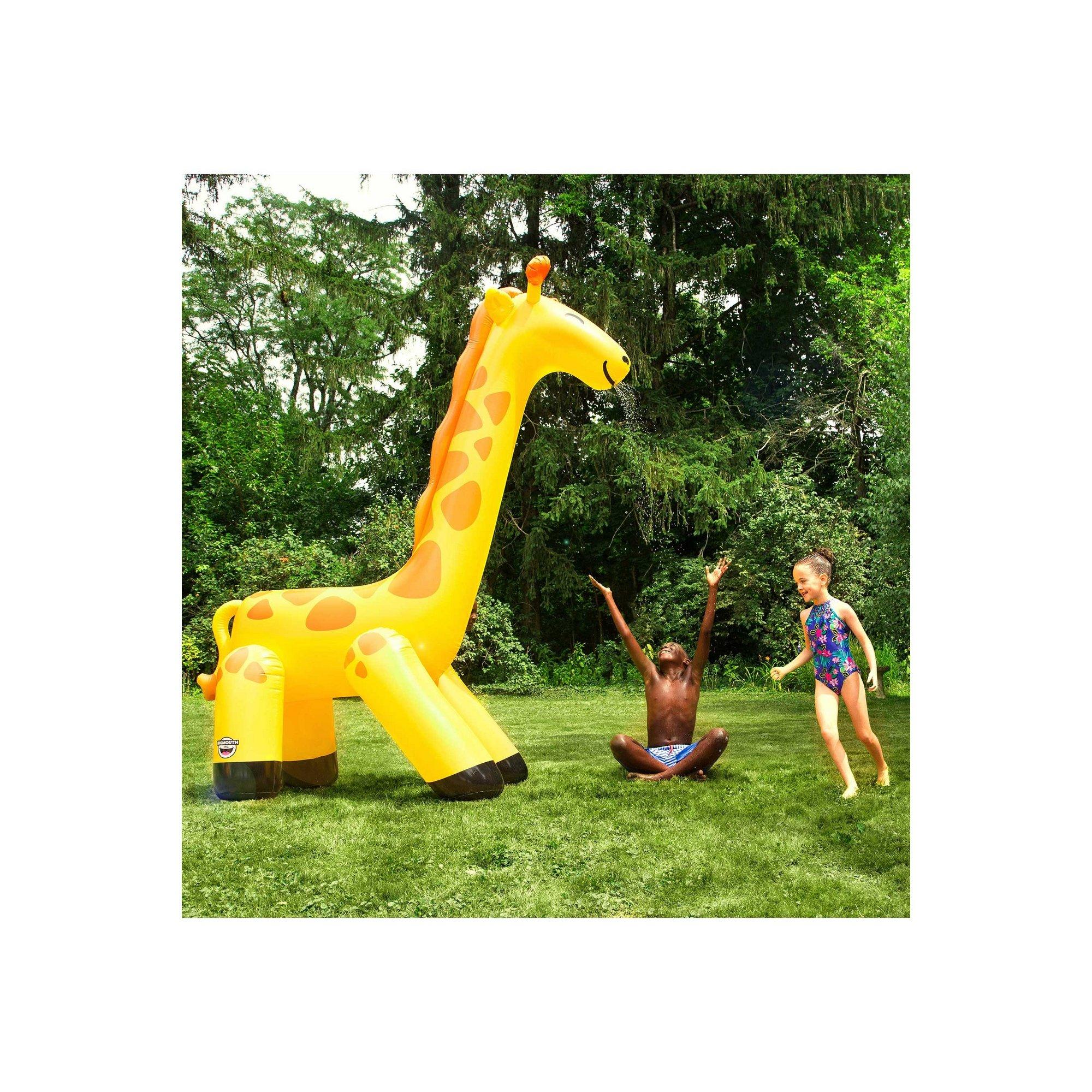 Image of Giraffe Yard Sprinkler 10ft tall
