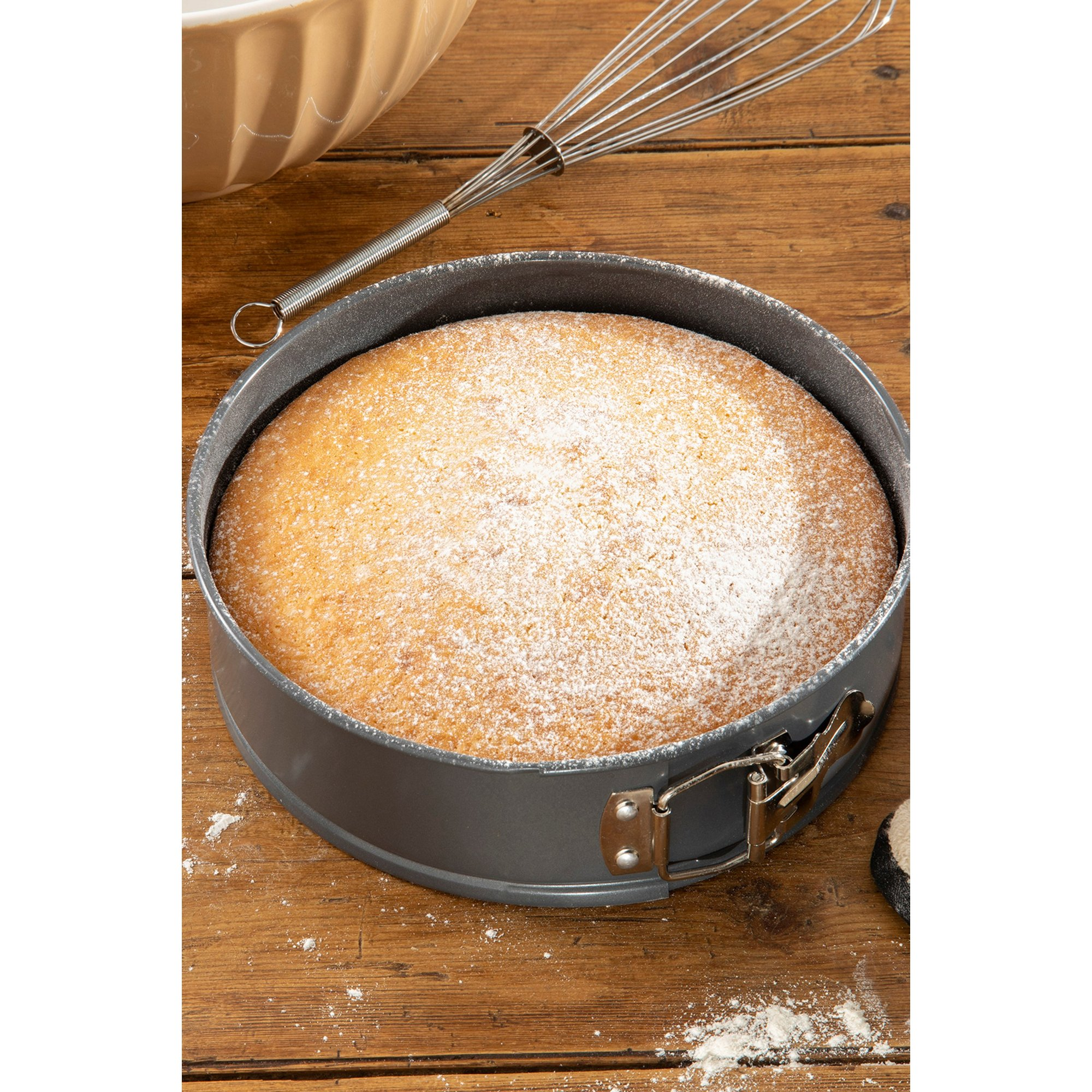 Image of Hairy Bikers Spring Form Cake Pan