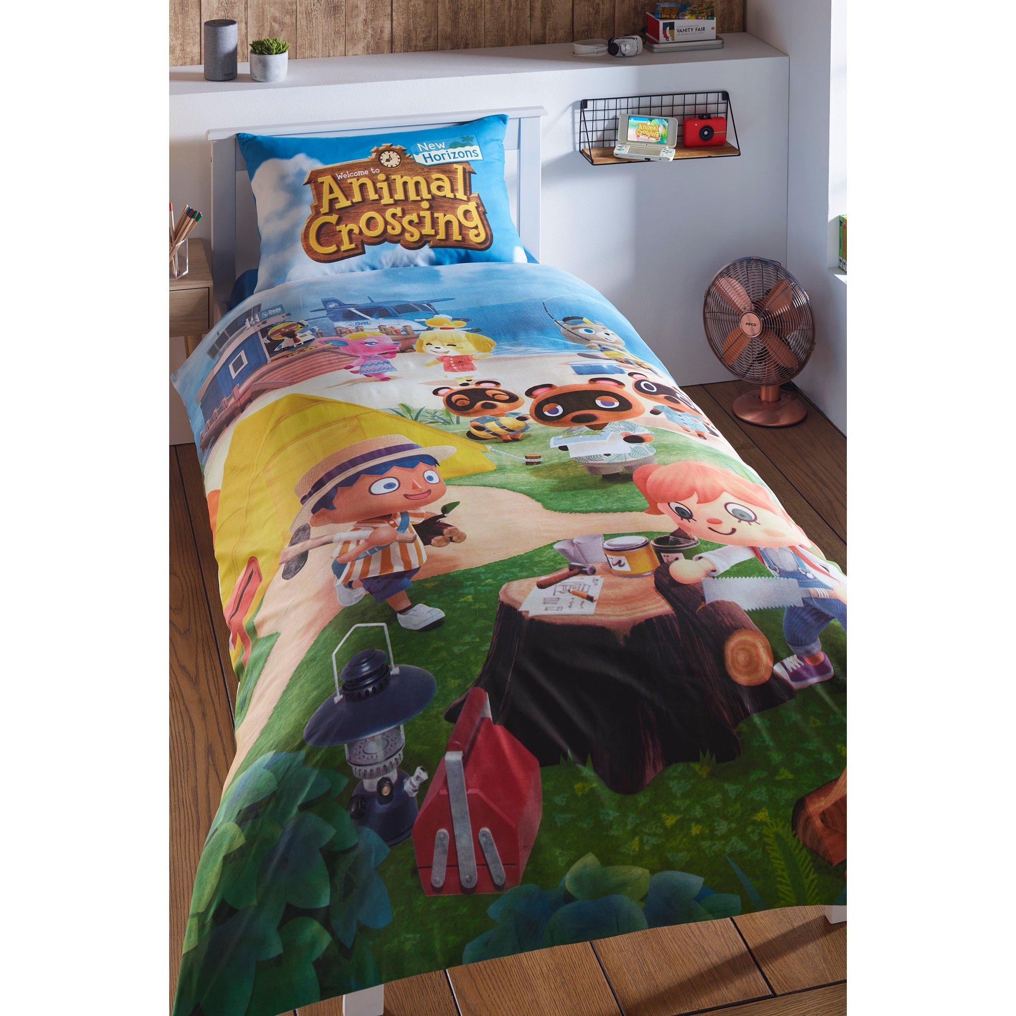 Image of Animal Crossing Beach Reversible Duvet Set