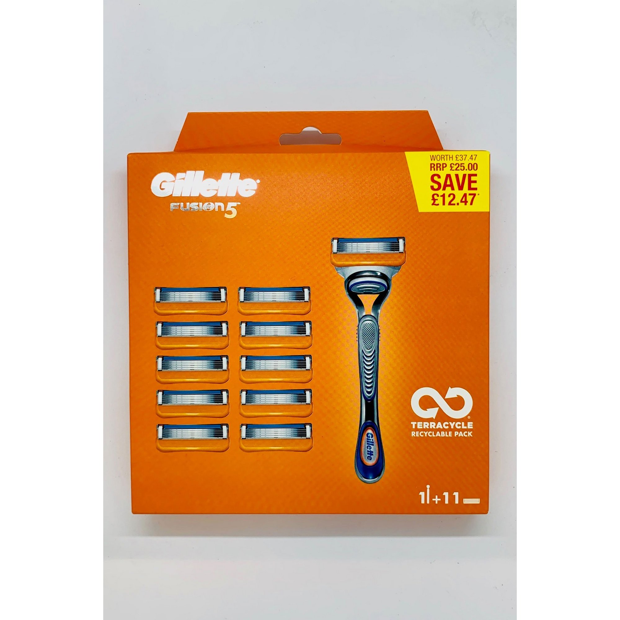 Image of Gillette Fusion Razor and Pack of 11 Blades