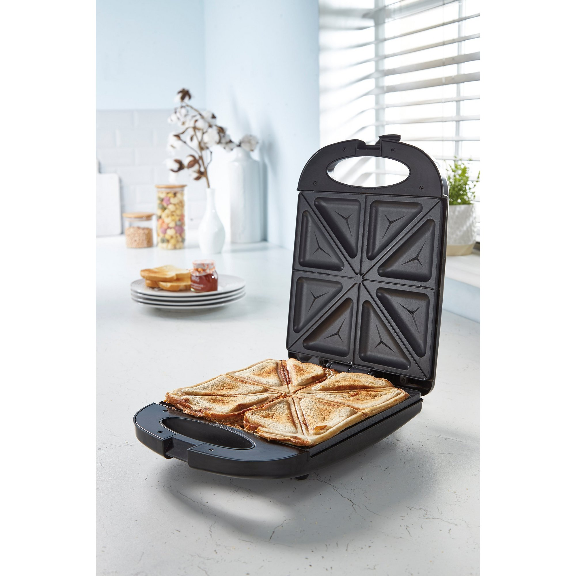 Image of 4 Portion Sandwich Toastie Maker