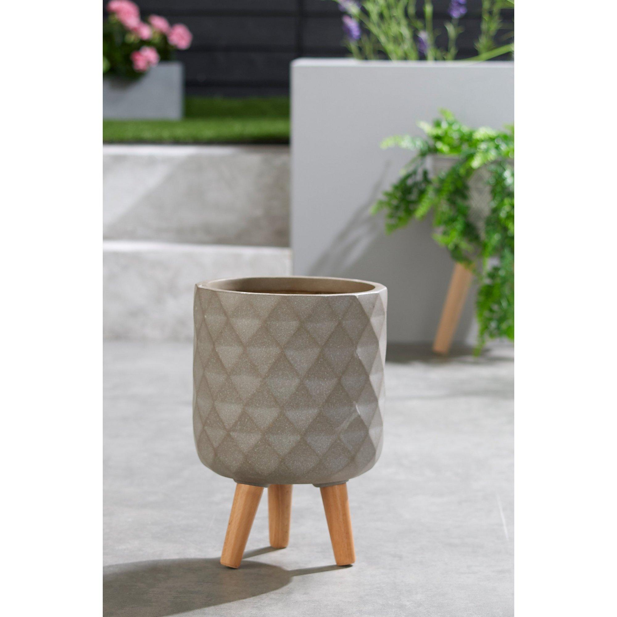 Image of Diamond Wood Leg Small Pot