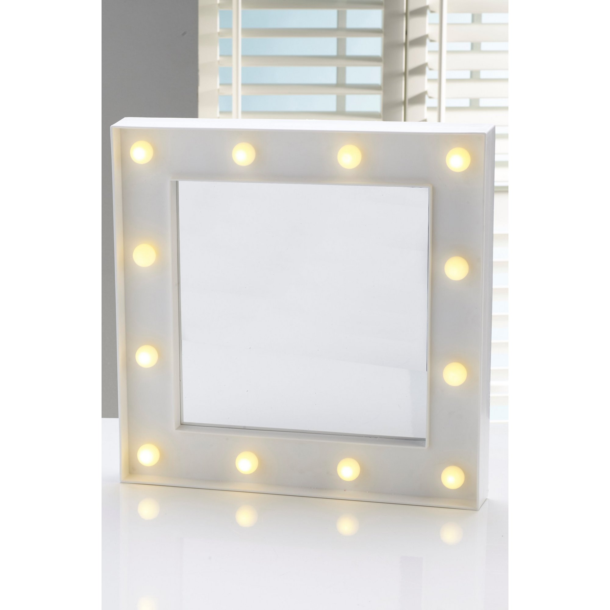 Image of Hollywood Mirror