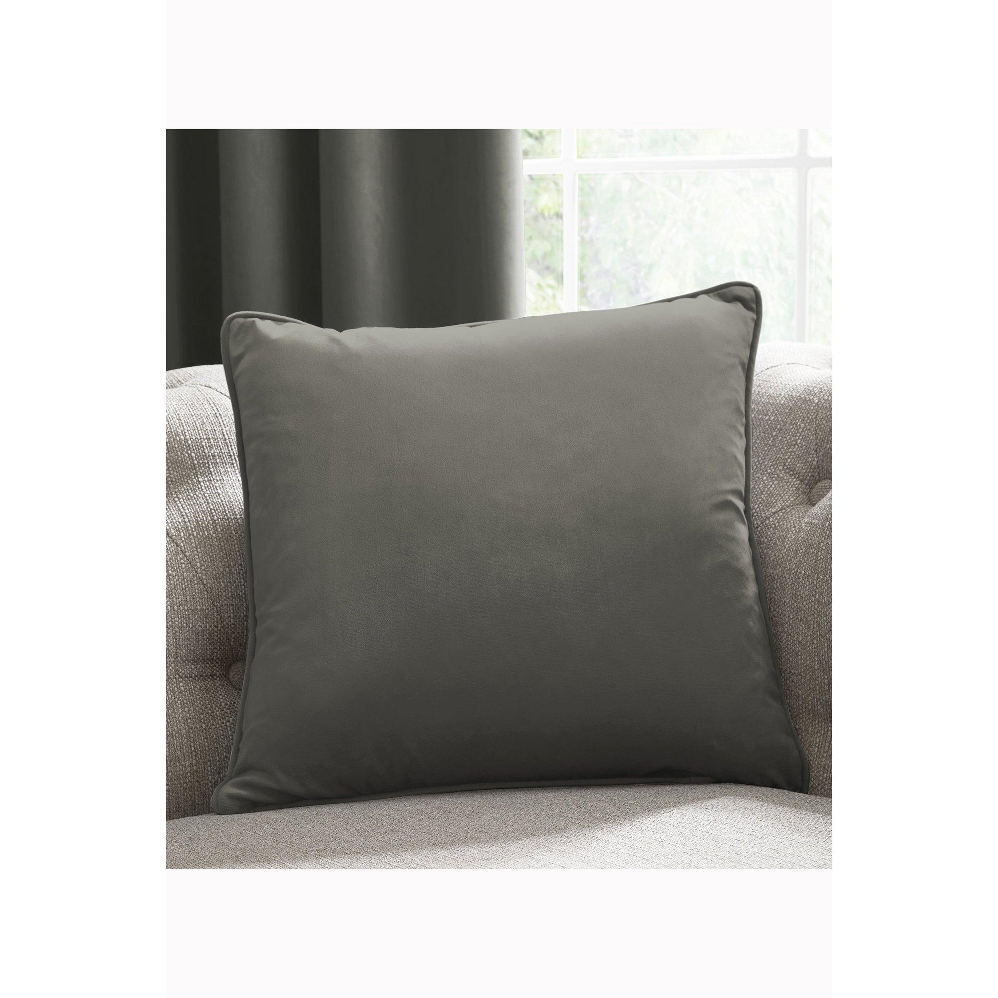 Image of Laurence Llewelyn Bowen Plain Velvet Cushion