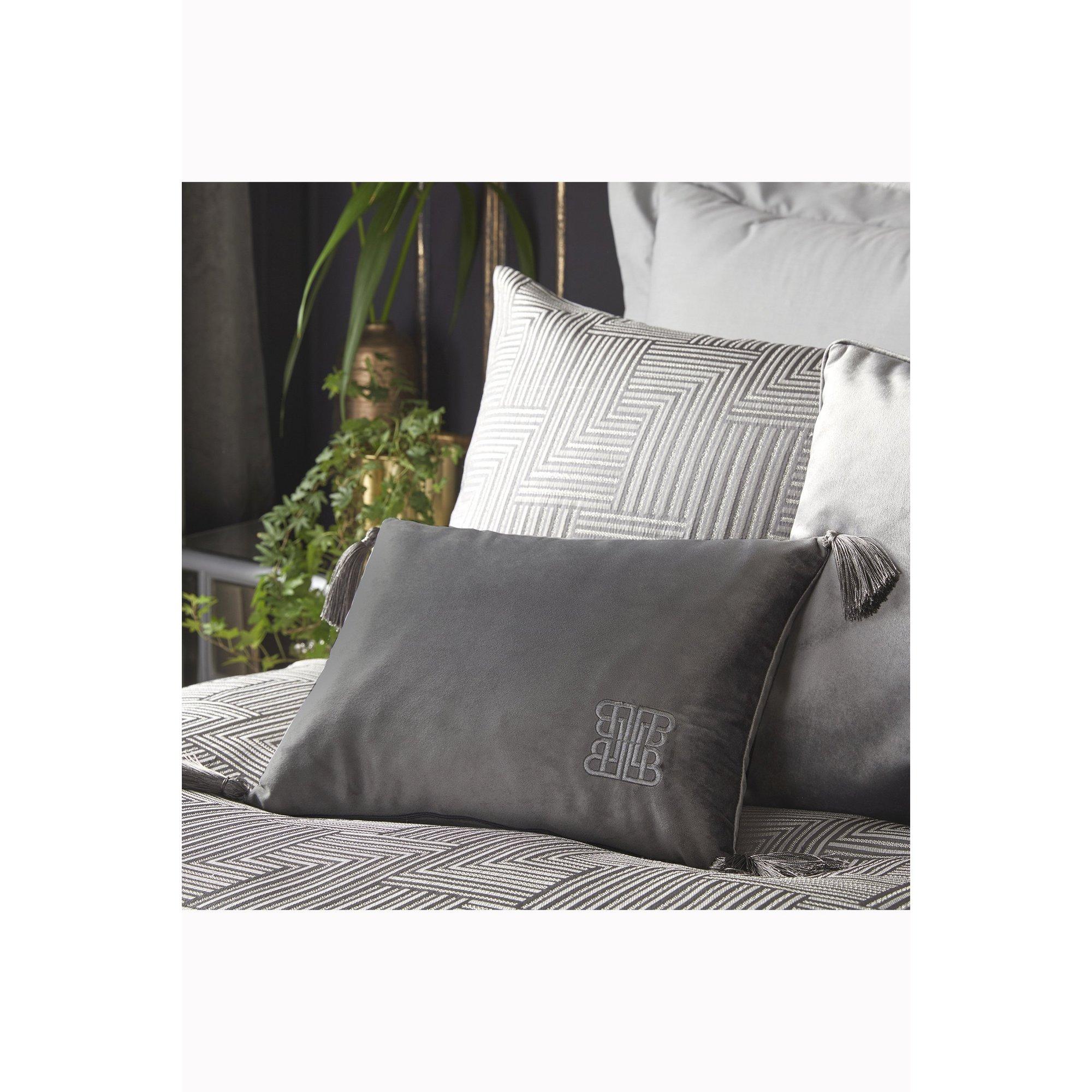 Image of Laurence Llewelyn Bowen Tassel Cushion