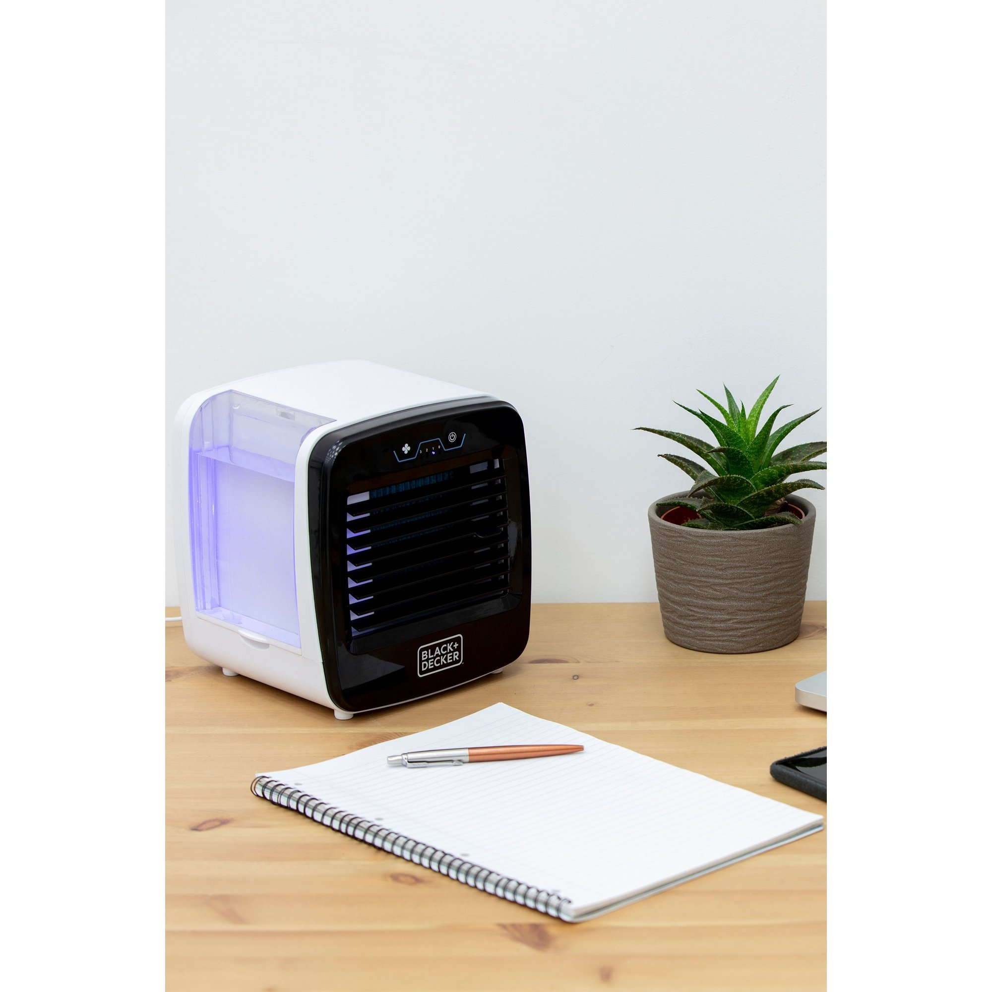 Image of Black and Decker Digital LED Mini Air Cooler