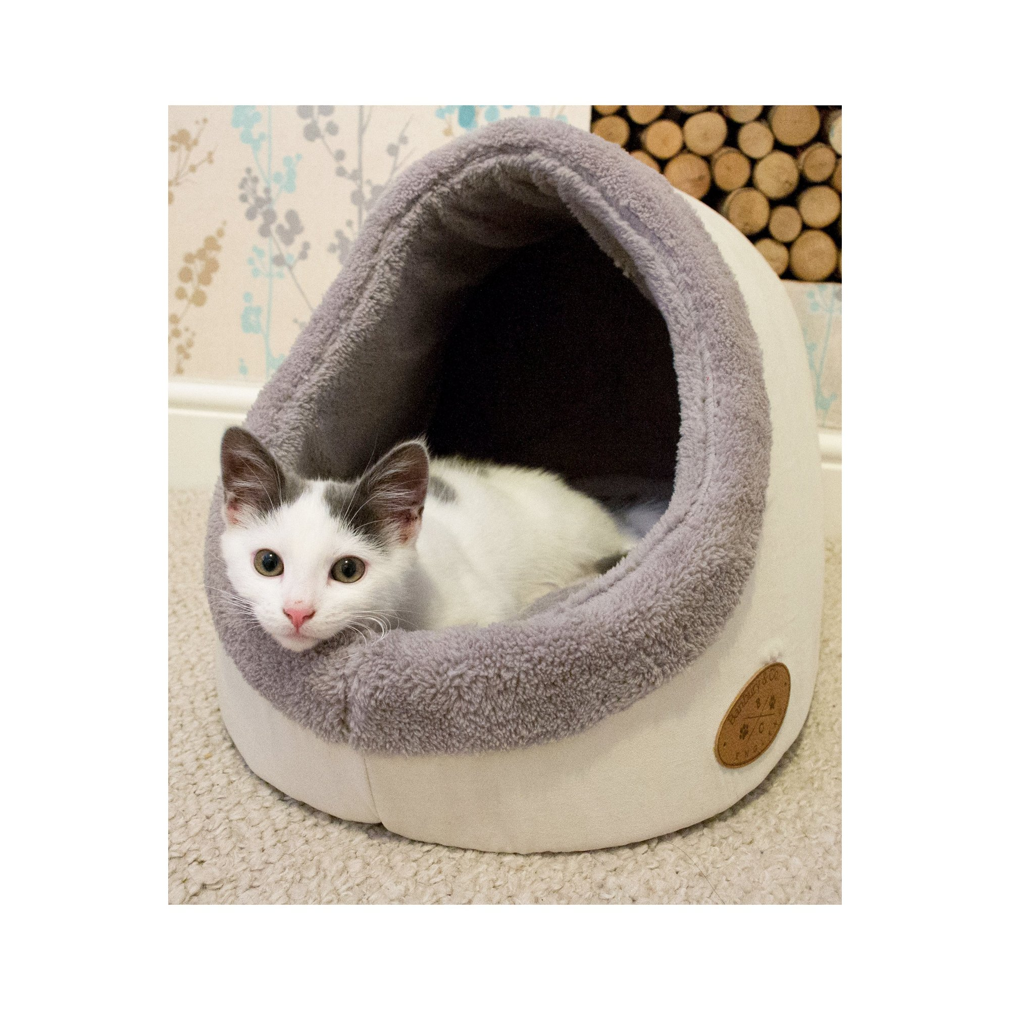 Image of Banbury and Co Luxury Cosy Cat Bed