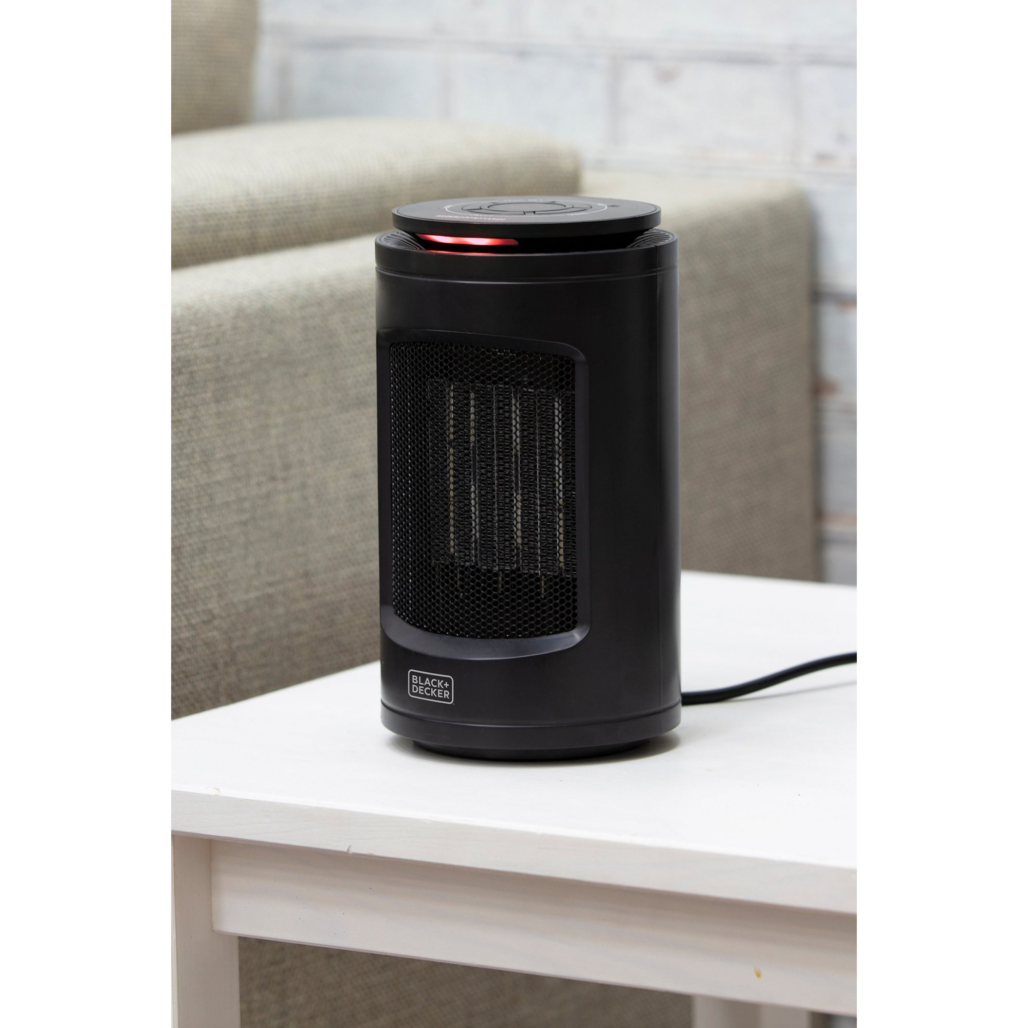 Image of Black and Decker 1200W Ceramic Fan Heater