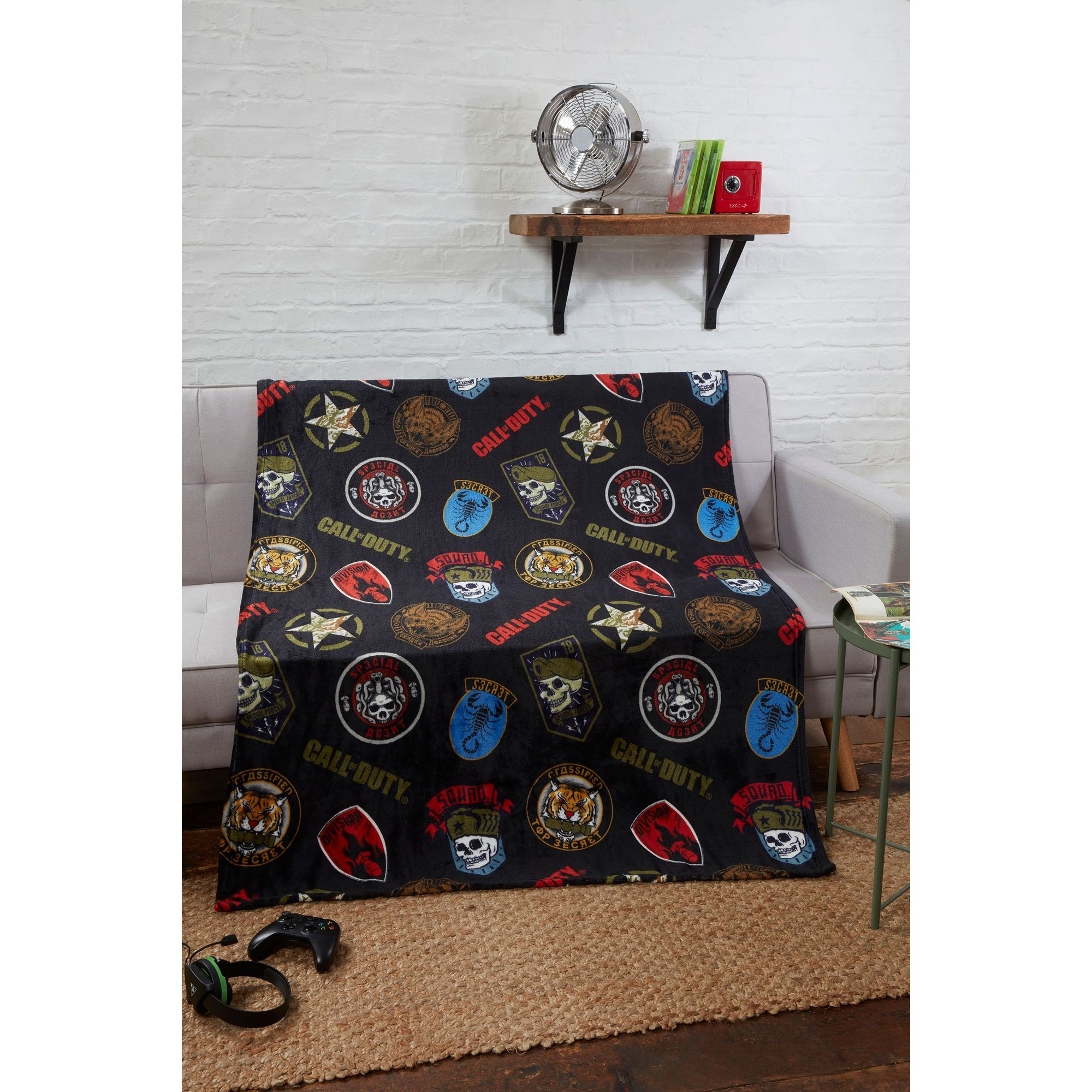 Image of Call of Duty Badges Flannel Blanket