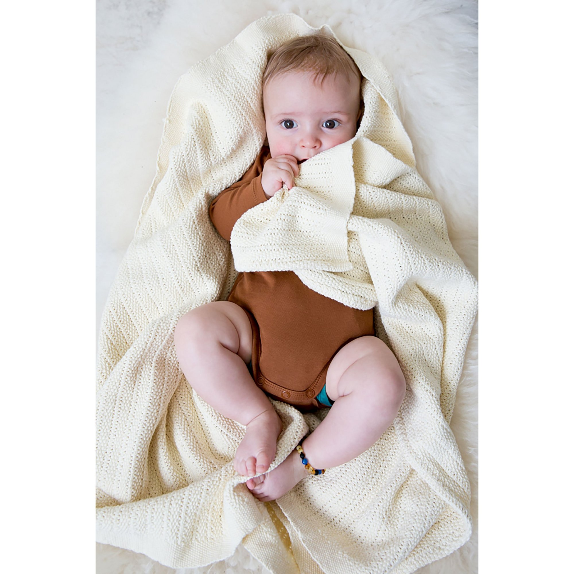 Image of Hippychick Cellular Baby Blanket - Almond Cream