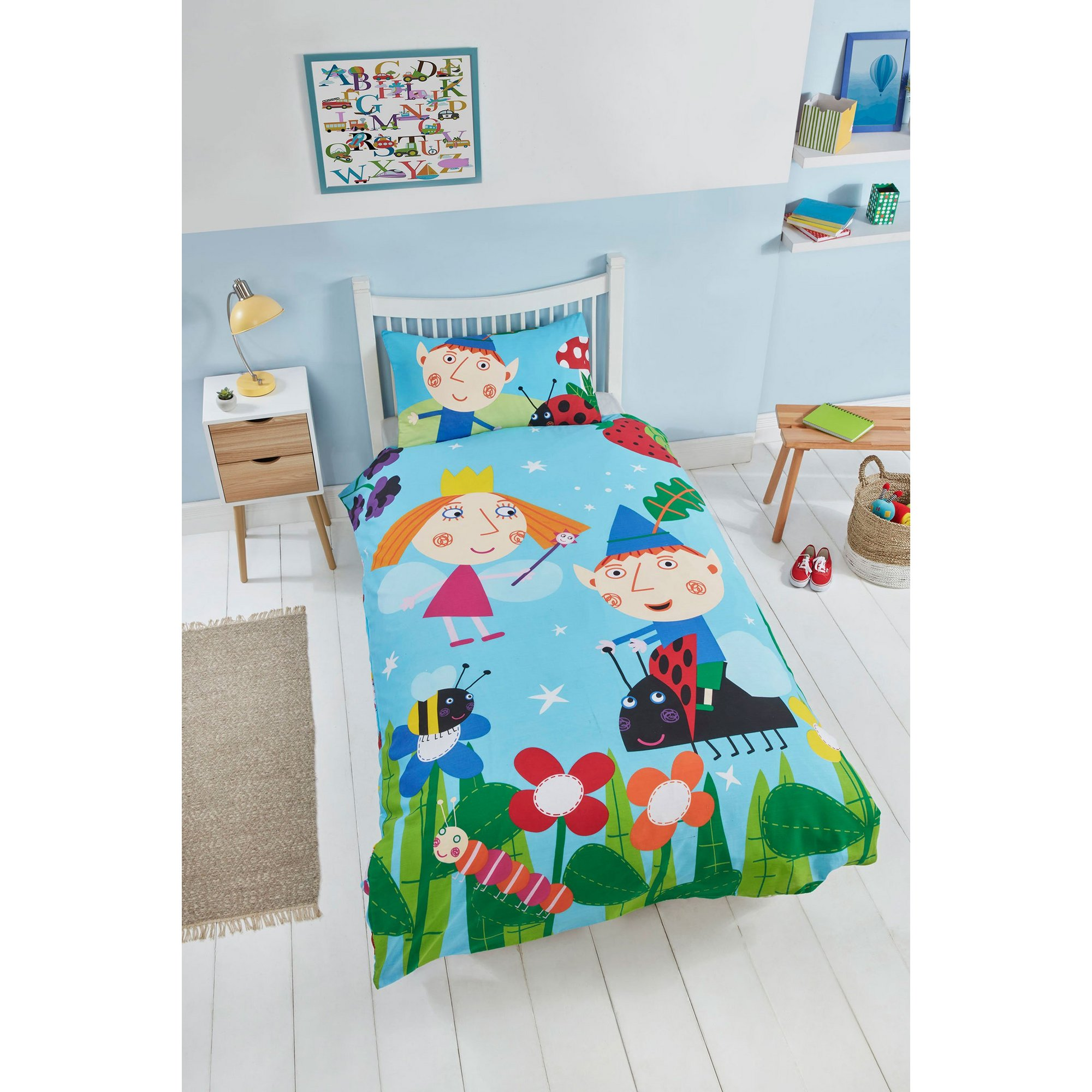 Image of Ben and Holly In the Woods Reversible Duvet Set