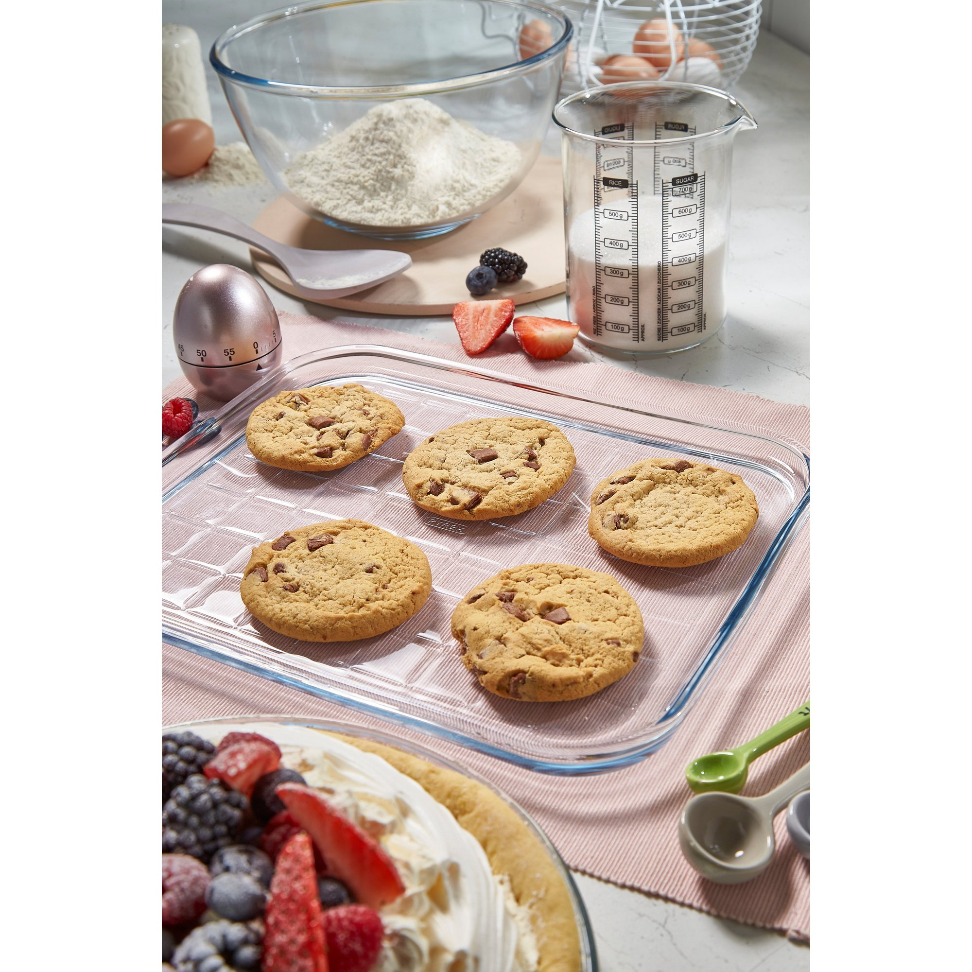 Image of Pyrex Bake and Enjoy Glass Baking Tray