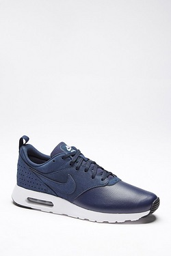 Nike Air Max Tavas Leather Trainer