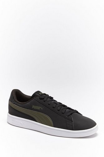 4eaeaa2ee5bc27 Image for Puma Smash V2 Buck Trainers from studio