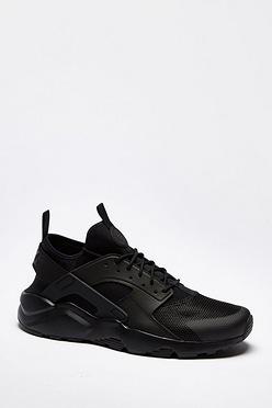 Nike Air Huarache Trainers. Nike Footwear 89284a06e
